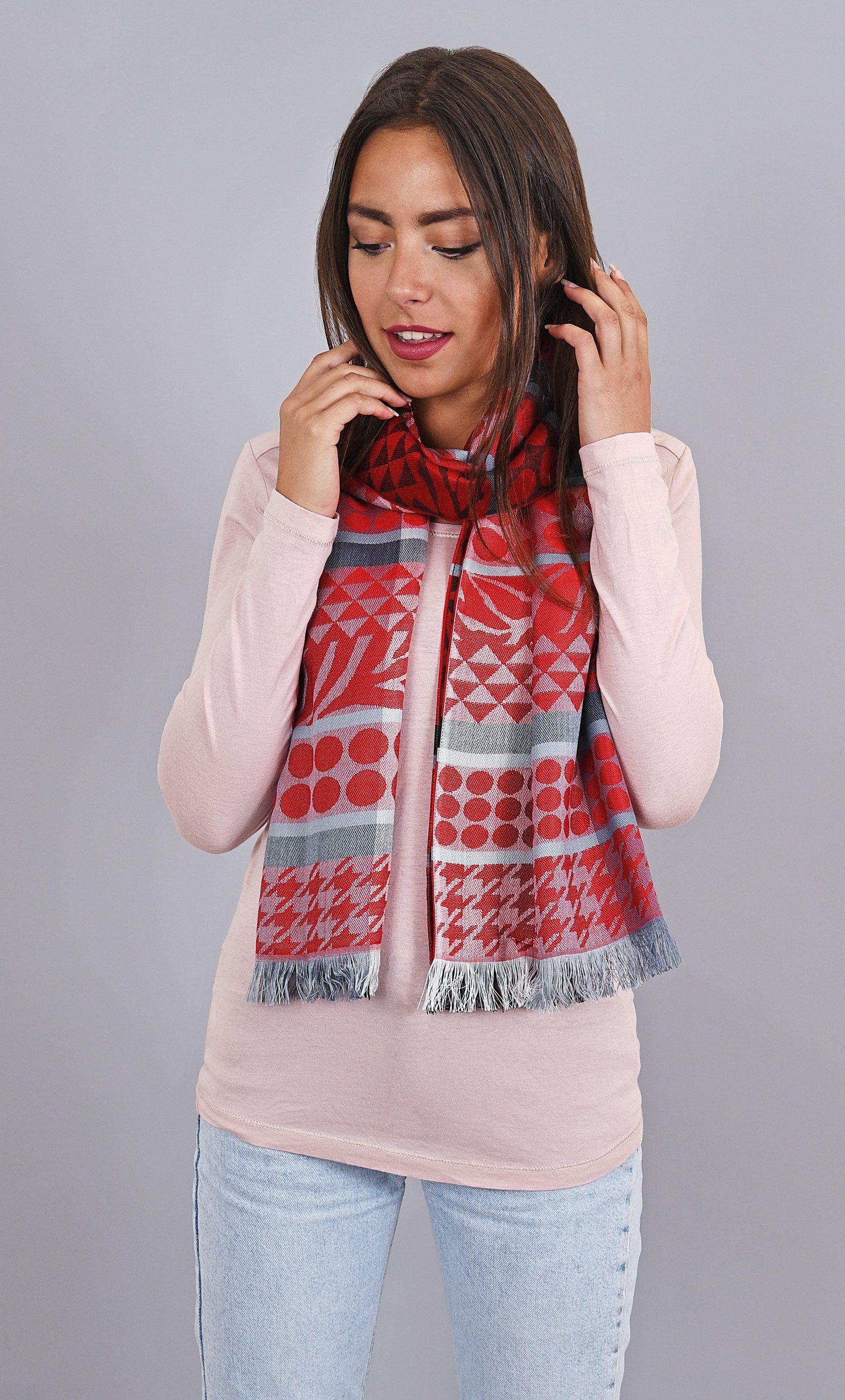http://chantier.allee-du-foulard.fr/wp-content/uploads/2017/09/0622-ADF-Accessoire-de-mode-LB-QLC-carcela-1600x2650px-1600x2650.jpg