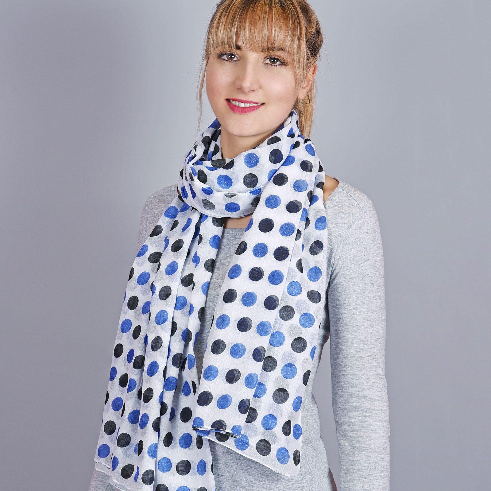 http://chantier.allee-du-foulard.fr/wp-content/uploads/2018/04/AT-04323-VF16-1-cheche-coton-pois-bleu-1600x1600.jpg